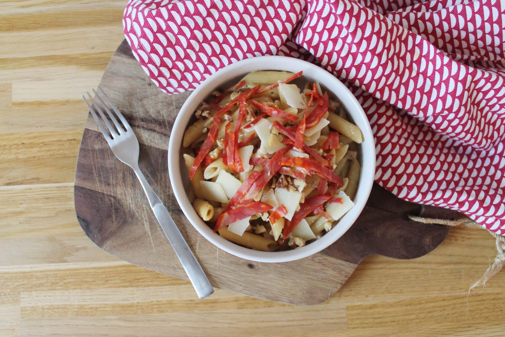 Pâtes au poulet, chorizo et noix - Creatyve